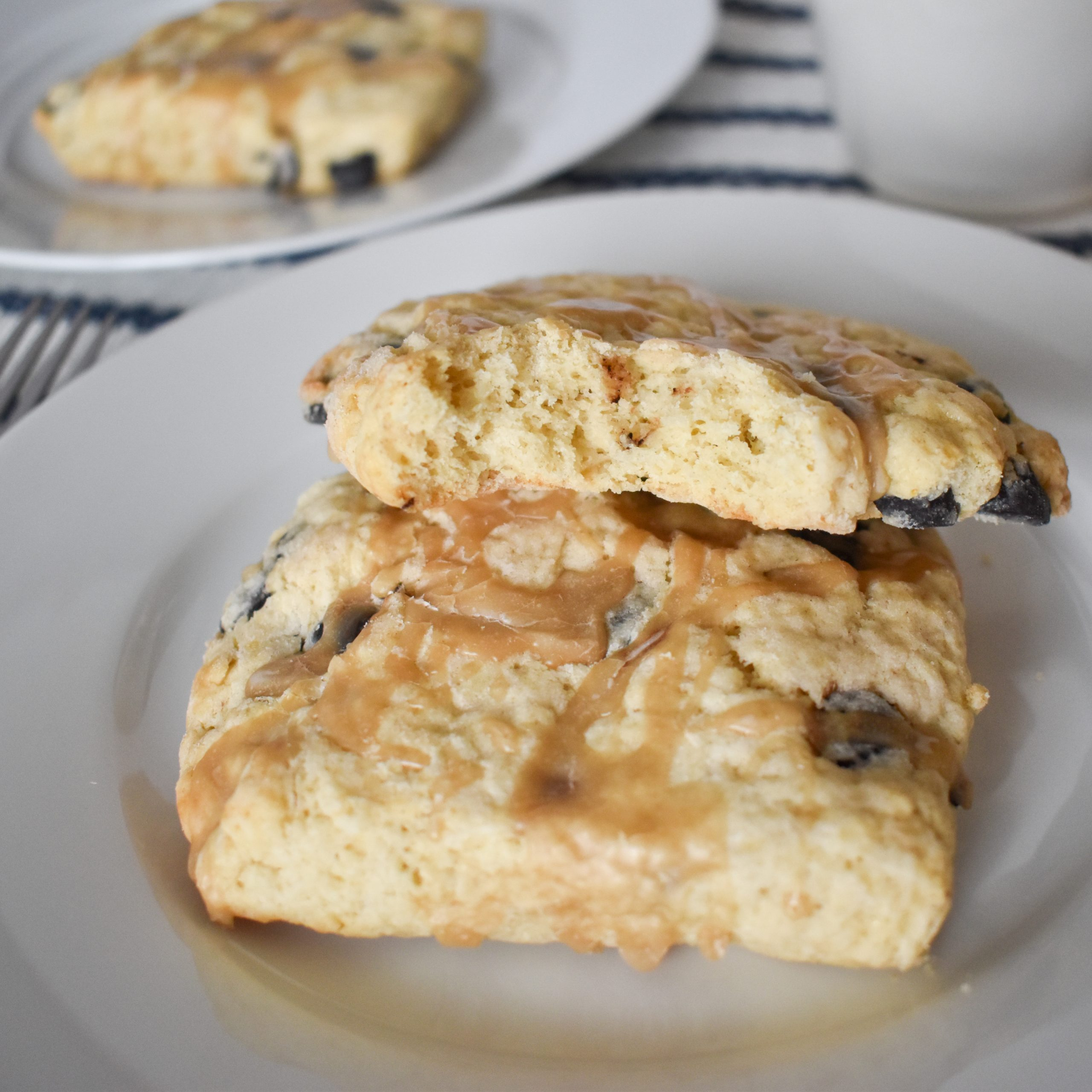 vanilla latte scones with espresso chips